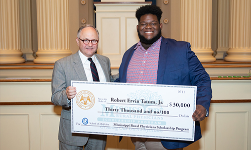 Alumnus Robert Tatum awarded $30,000 Scholarship for medical school from the Mississippi Rural Physicians Scholarship Program